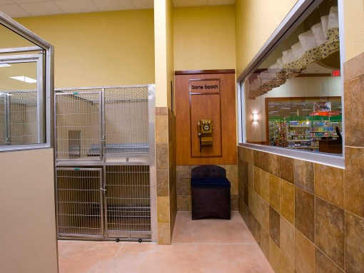 Petsmart Pethotel W L Butler
